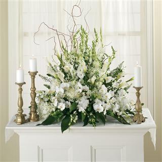 All White Altar Arrangement                                                                                                                                                                                 Más