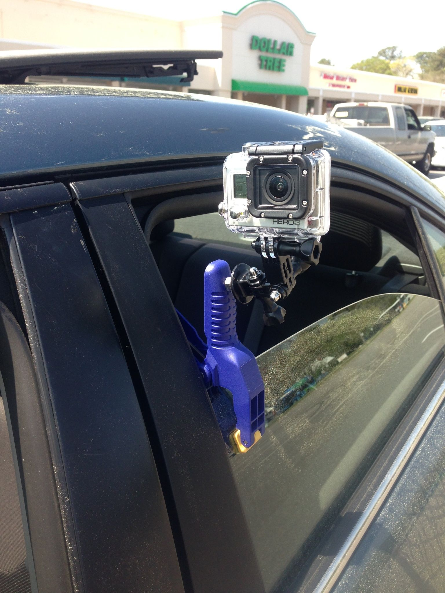 how to put go pro in mount and tripod