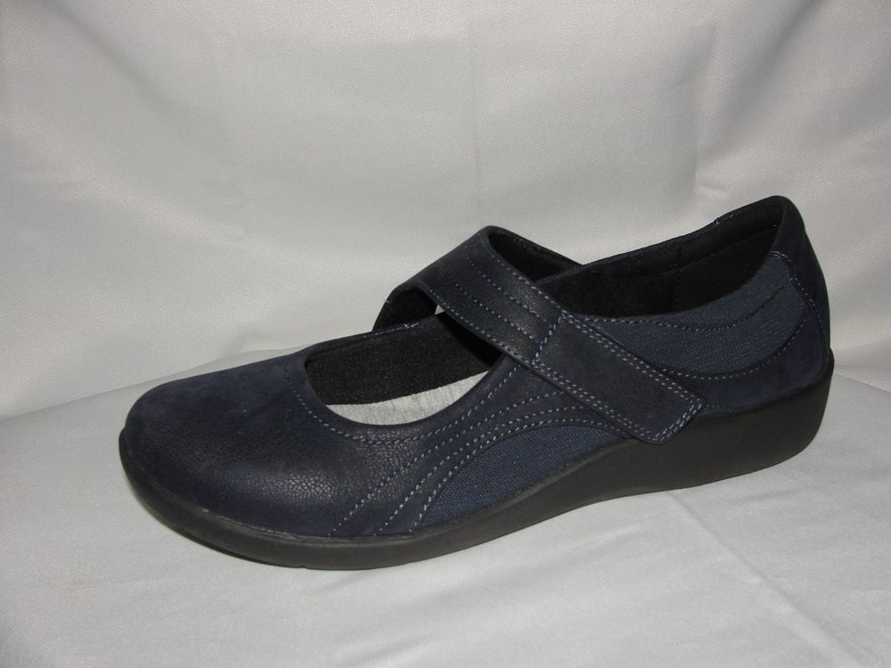 747cf3f741b CLARKS Shoes Women's Size 9W/40 Navy Blue Sillian Bella Mary Jane ...