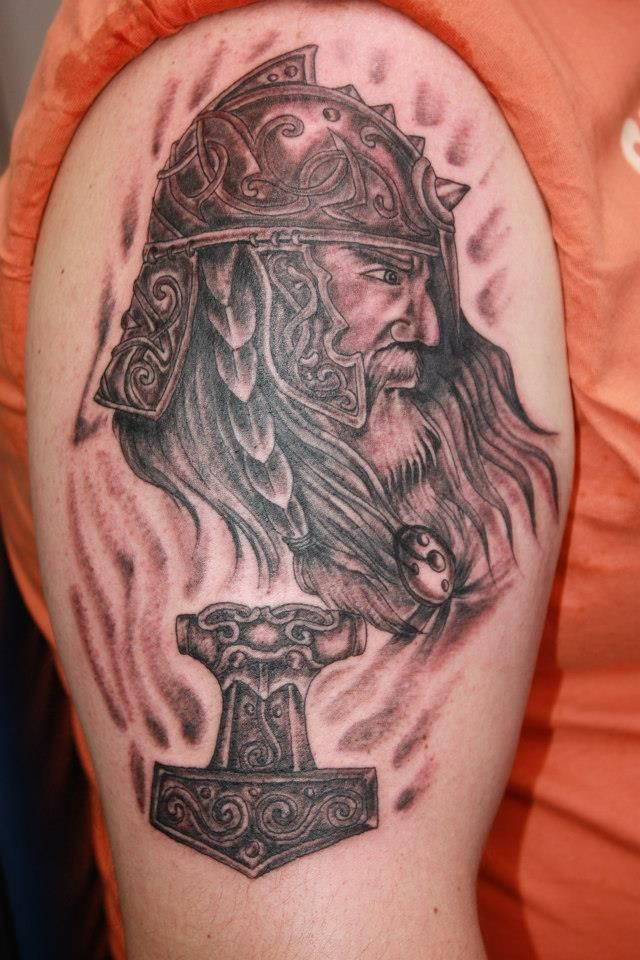 tattoo wikinger tattoos von bina t towiert pinterest. Black Bedroom Furniture Sets. Home Design Ideas