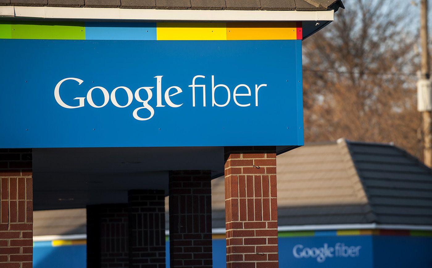 Google rolling out free gigabit in public housing