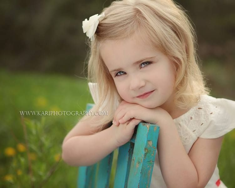 Children S Photography Repinned By Steve La Motte Steveo S Photo Cafe Little Girl Photography Kids Photos Little Girl Pictures