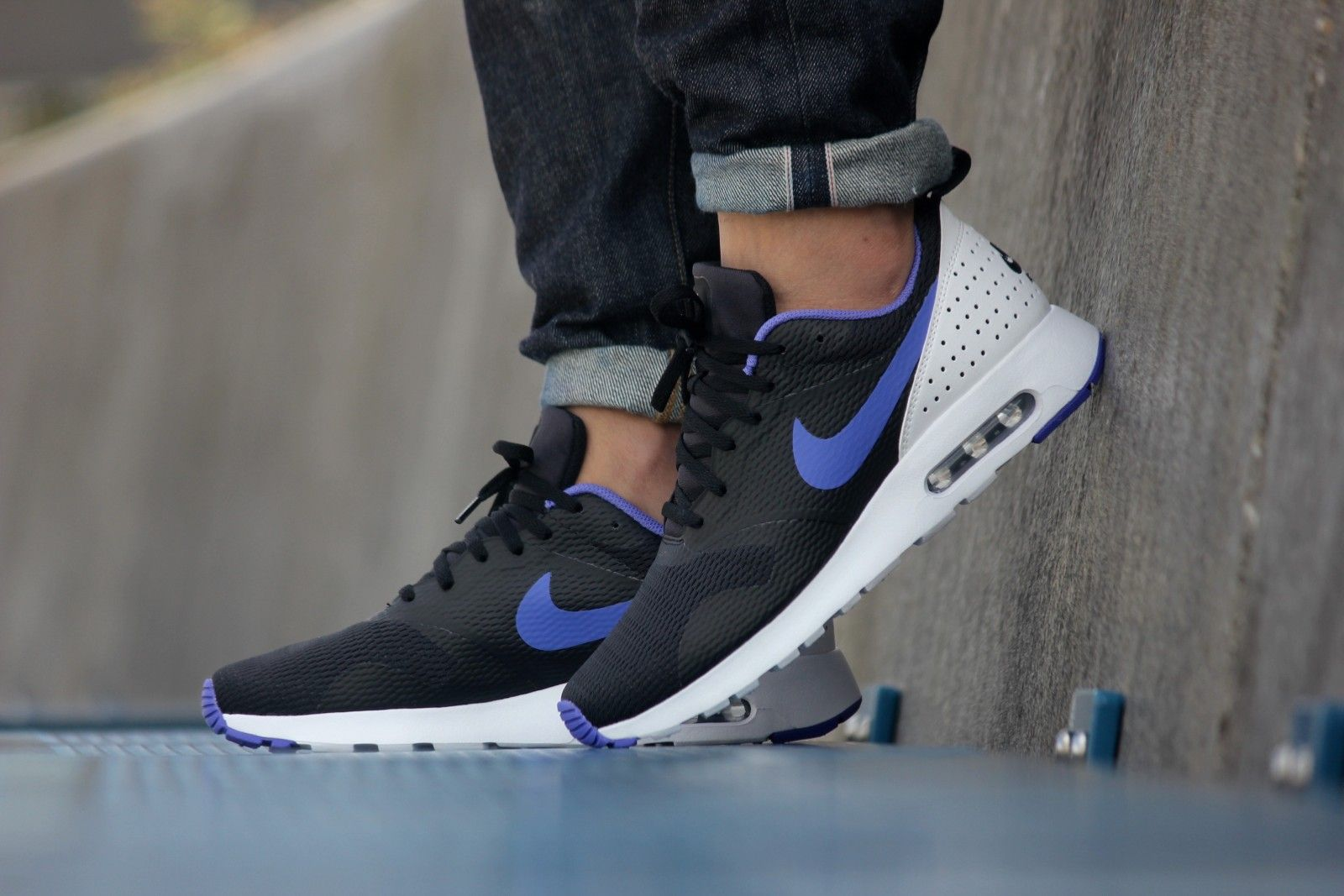 Nike Air Max Tavas Black/ Persian Violet - 705149-025