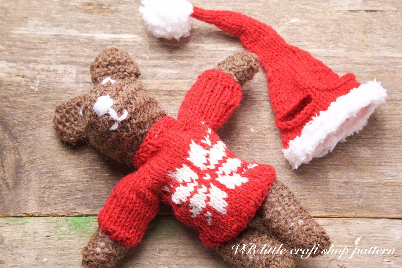 Christmas teddy bear knitting pattern. Easy pattern! Lovely present ...