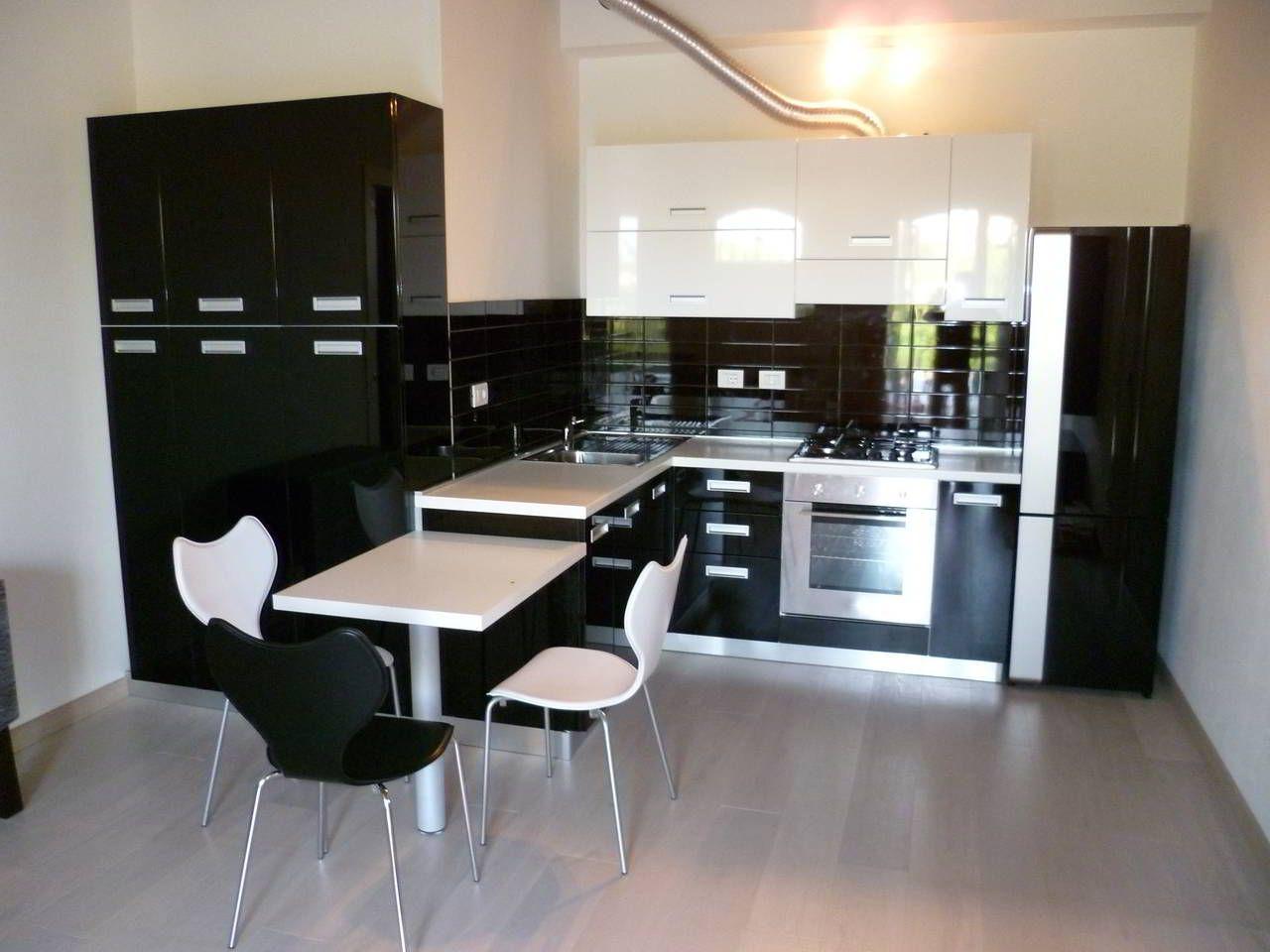 Cucina moderna progettata e realizzata by Centopercento ...