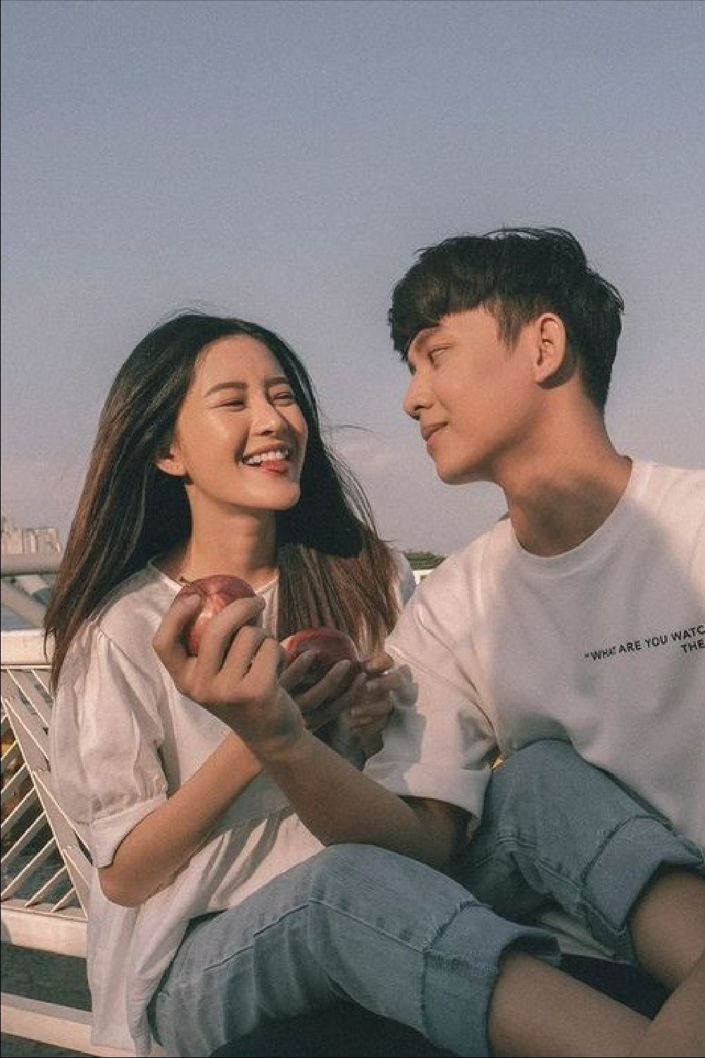 How To Transition Your Skincare From Winter To Spring In 2021 Couples Asian Couples Photoshoot Korean Couple Photoshoot