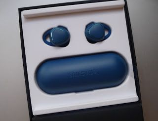audiosplitz: Samsung Gear IconX - Blue