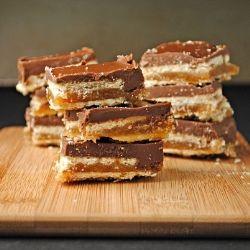 Homemade No-Bake Twix Bars