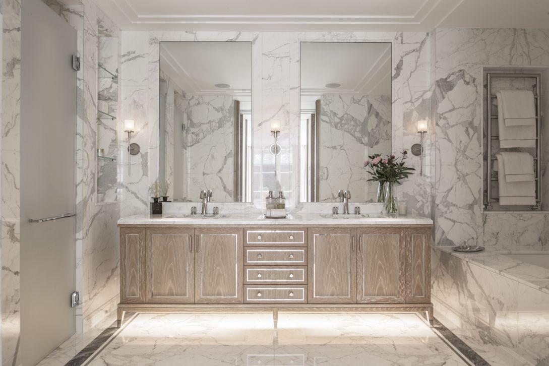 En Suite Bathroom - Beautiful luxury conversion from 5 Interior