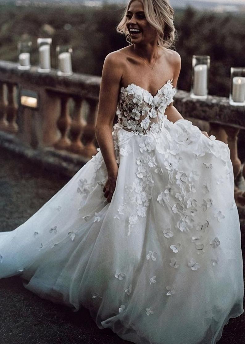 Boho A Line Floral Wedding Dress Bohemian Strapless Elegant Bridal Gown Online Wedding Dress Wedding Dresses Strapless Beautiful Wedding Dresses [ 1111 x 794 Pixel ]