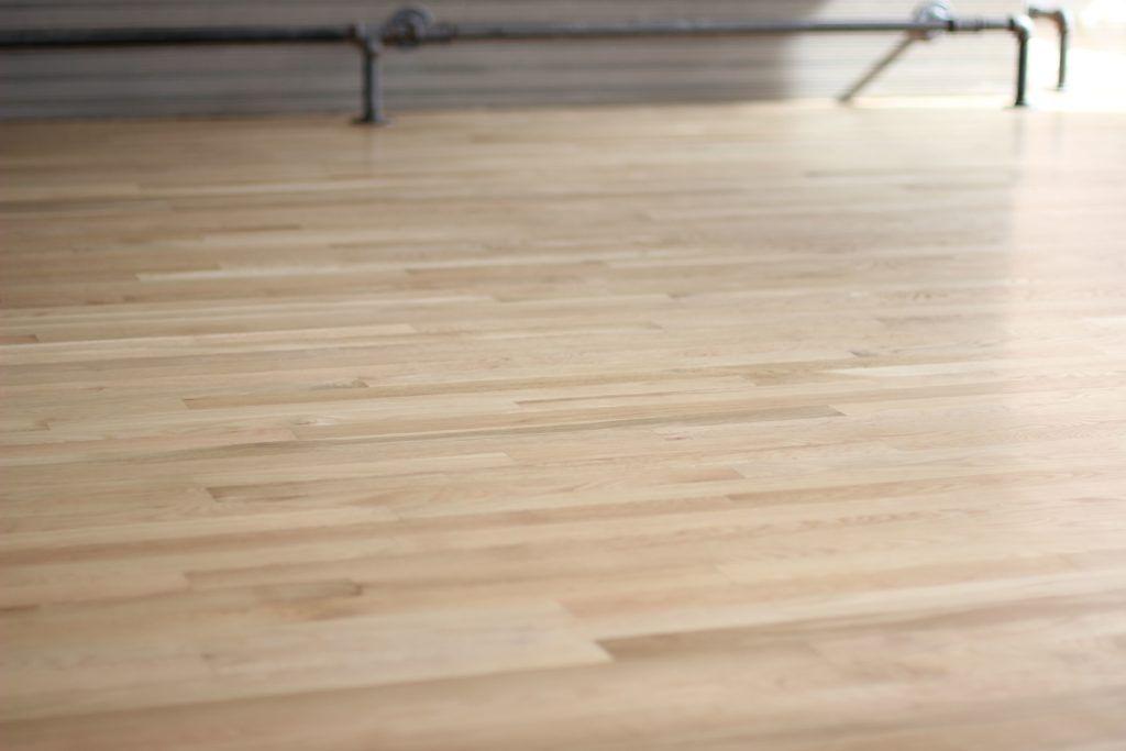 Natural White Oak Hardwood Flooring With Bona Traffic Hd White Oak Hardwood Floors Wood Floors Wide Plank Oak Wood Floors