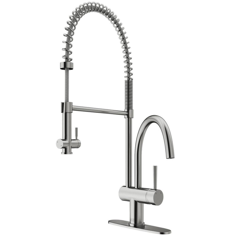 Vigo Dresden Single Handle Pull Down Sprayer Kitchen Faucet With Deck Plate In Stainless Steel Vg02006stk1 Faucet Kitchen Soap Dispenser Stainless Steel Faucets