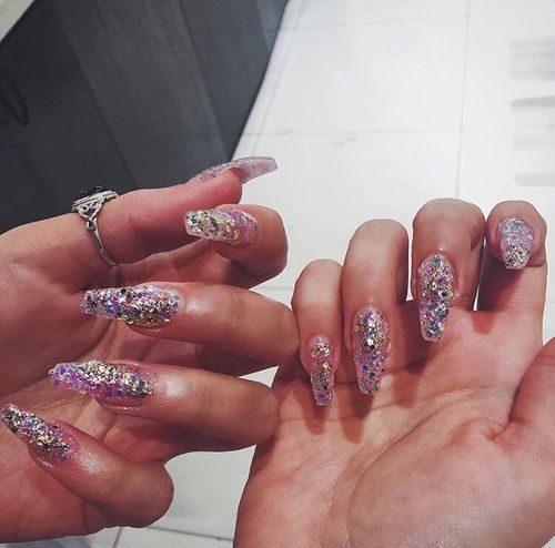 If Youre Going To Do Glitter Nails At Least Something Similar