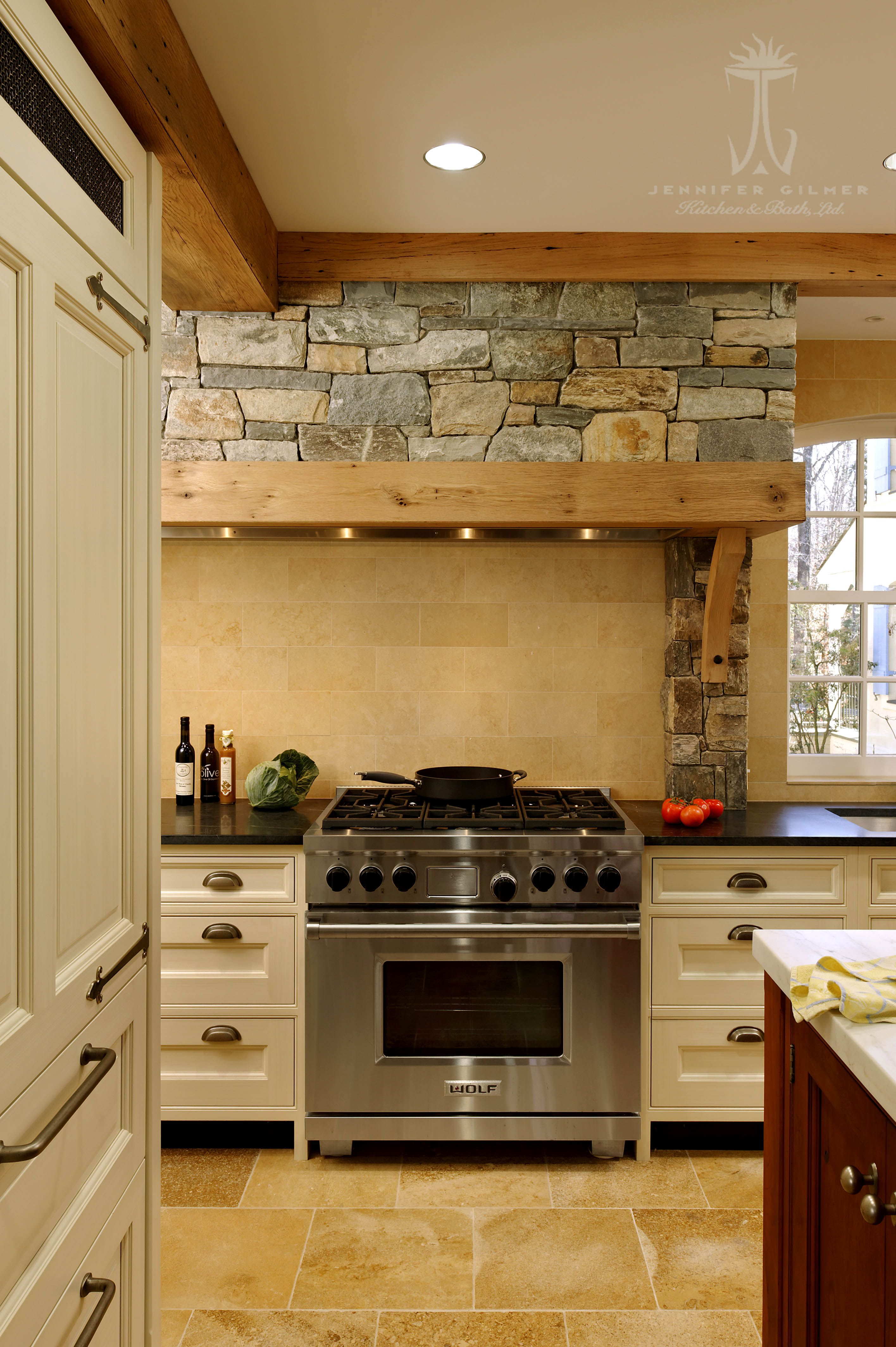 Design by #JenniferGilmer of Jennifer Gilmer Kitchen & Bath in ...
