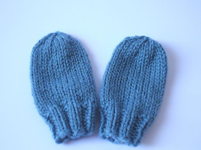 Fast Baby Mittens Pattern By Lucy H Lee My Knitting Pinterest