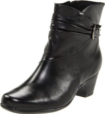 Clarks Women's Leyden Crest Boot - Black Leather