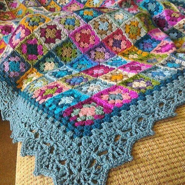 Love This Edging Granny Square Blanket Pinterest Crochet