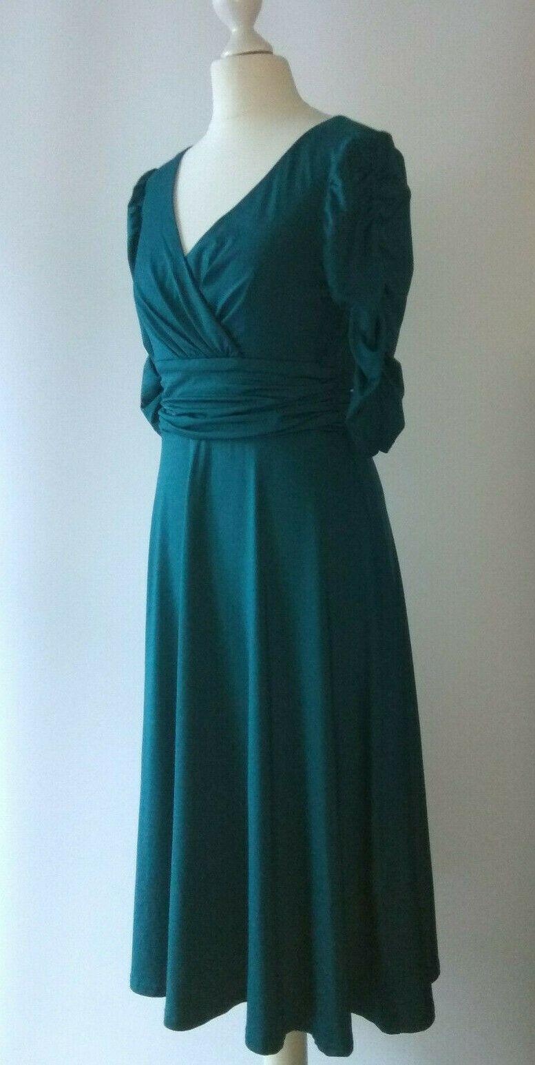 Gr. M / 10 ALISA PAN Abendkleid Cocktailkleid Kleid grün drapiert