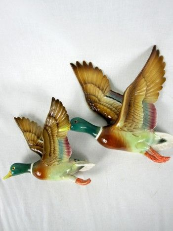 Pair Of Vintage Flying Wall Ducks Vintage Ornaments Duck Art