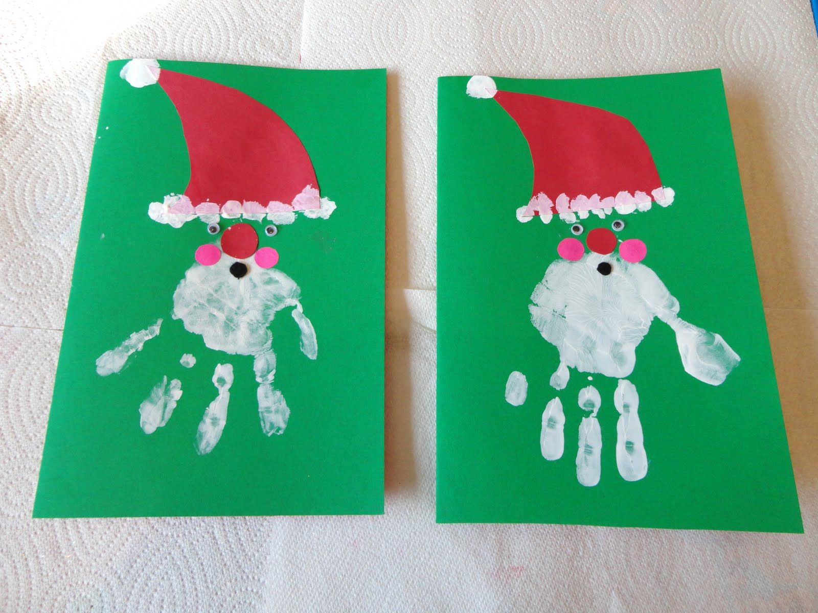 Nice Craft Christmas Card Ideas Part - 9: Christmas Craft To Make With Your Kids: Handprint Santa Greeting . I Love  This Christmas Craft