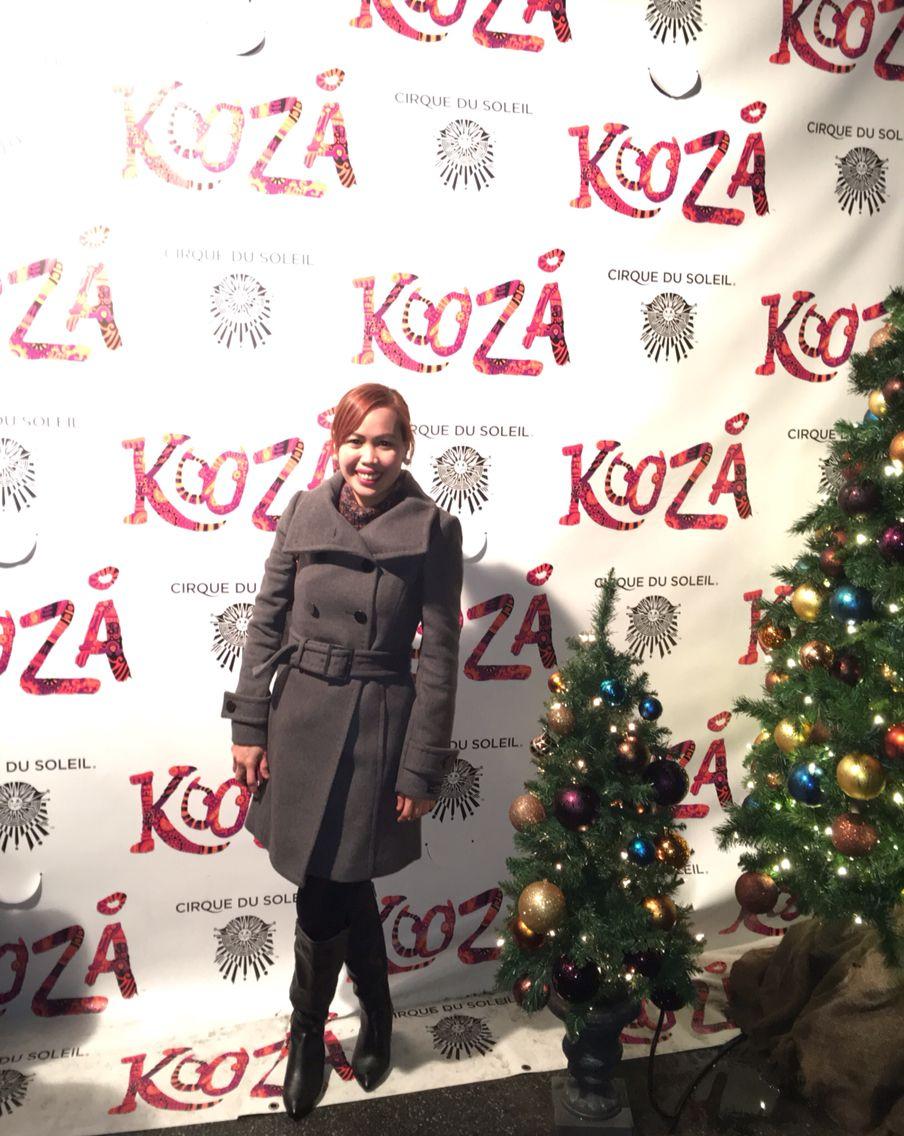 Lovin' my trench coat...#cirquedesoleil #kooza #wintergetup #winter2015