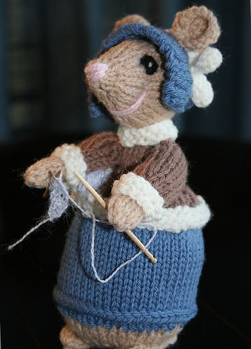 Ravelry Dickensian Mice Outdoor Pattern By Alan Dart