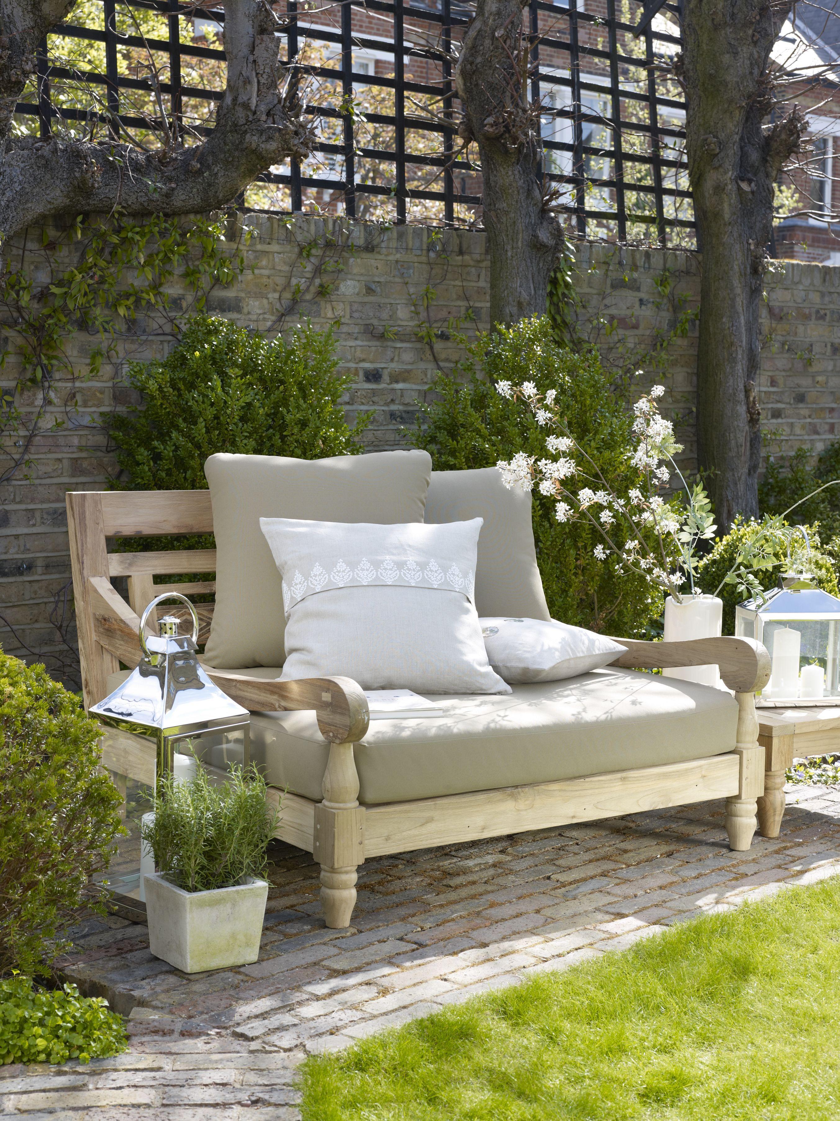 Sambala Outdoor Love Seat With Upholstery Tel 44 0 207