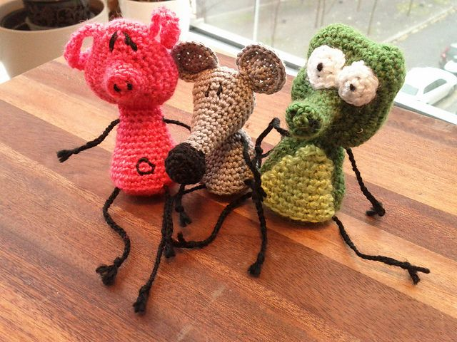 Amigurumi Patterns Free Crochet Pdf : Ravelry: pearls before swine pig rat croc pattern by jessica