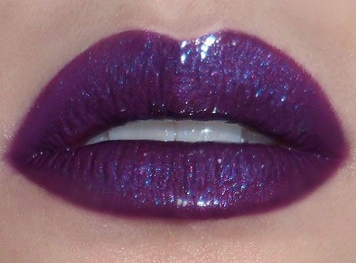 How To Apply A Dramatic Glossy Lip Featuring Lime Crime
