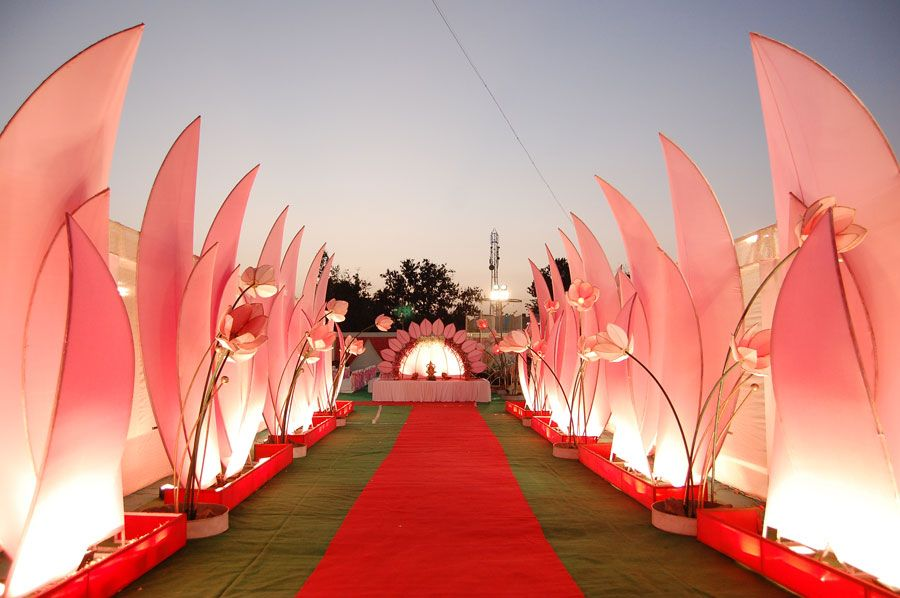 Manufacturers Exporters and Wholesale Suppliers of Lotus Theme Gate