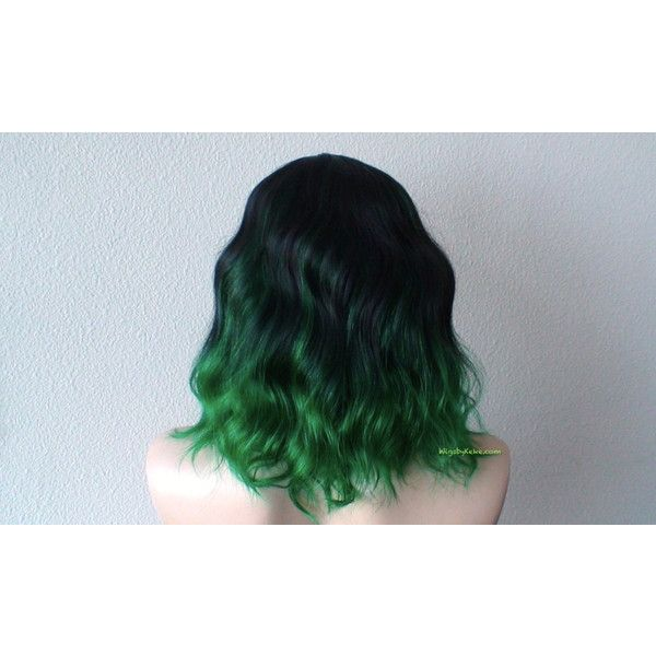Black Green Ombre wig. Black Green color Beach wavy hairstyle wig. (575 BRL) ❤ liked on Polyvore featuring beauty products, haircare and hair styling tools