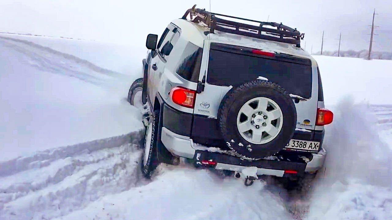 Toyota Fj Cruiser Vs Jeep Wrangler Vs Mitsubishi Pajero Sport