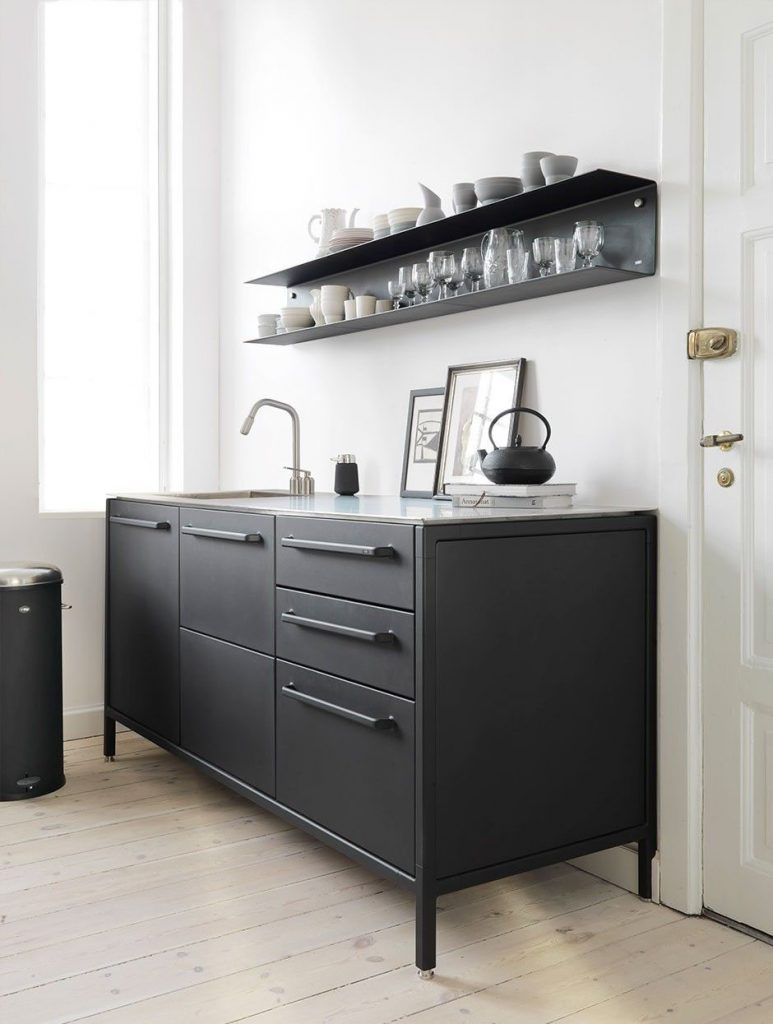Real Home Inspiration Black Kitchen Cabinets White Island That Look Beautiful Kitchen Design Black Kitchen Cabinets Home Kitchens