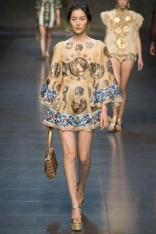 a3e7f7d63b Milan Fashion Week  Dolce   Gabbana SPRING 2014