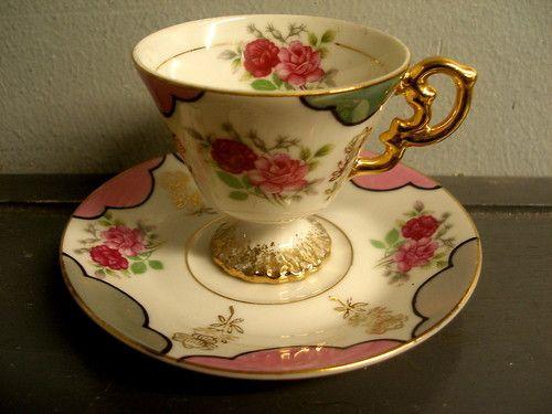 VINTAGE PORCELAIN DEMITASSE TEA CUP SAUCER HAND PAINTED PINK & RED ROSES JAPAN