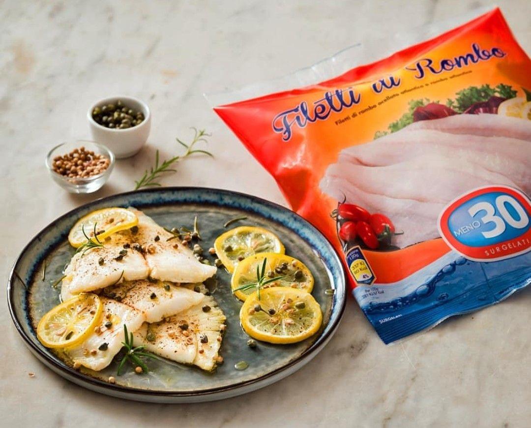 Filetti Di Rombo In Padella Con Rosmarino Capperi E Limone Ricette Ricette Di Cucina Idee Alimentari
