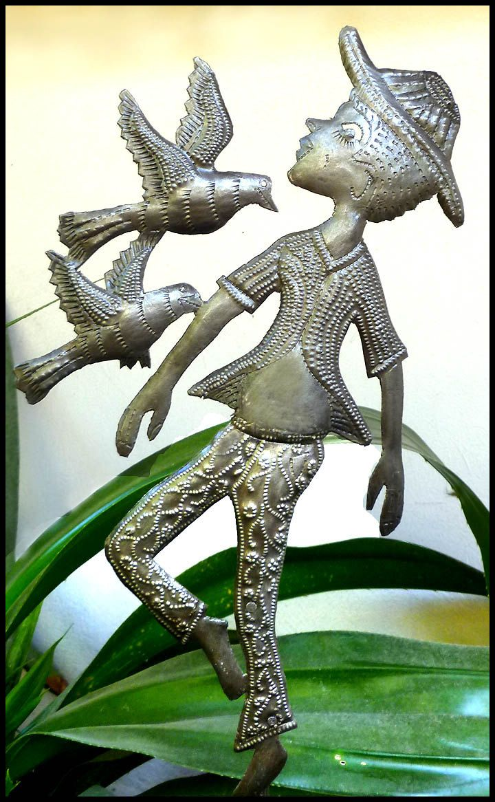 Metal Boy with Birds Plant Stake, Outdoor Garden Decor, Metal Plant ...