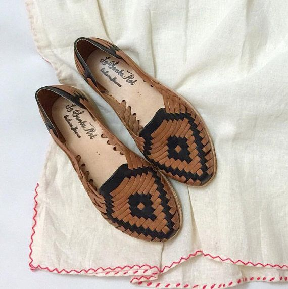 NIKES-$19 on   Zapatos, Artesanal y Zapatos planos
