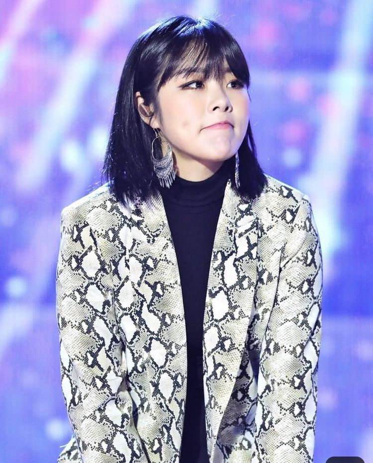 Survival Of The Fittest Happy Birthdayy Jung Wheein Wheein Mamamoo Mamamoo Kpop Girls