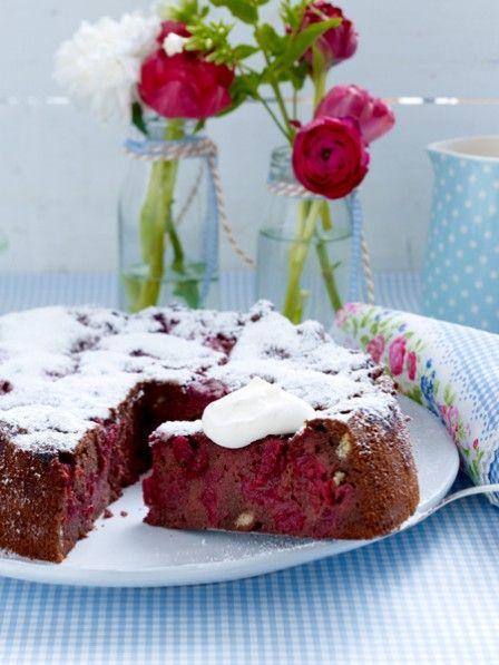 Saftiger Schokokuchen Mit Kirschen Und Loffelbiskuits Kuchen