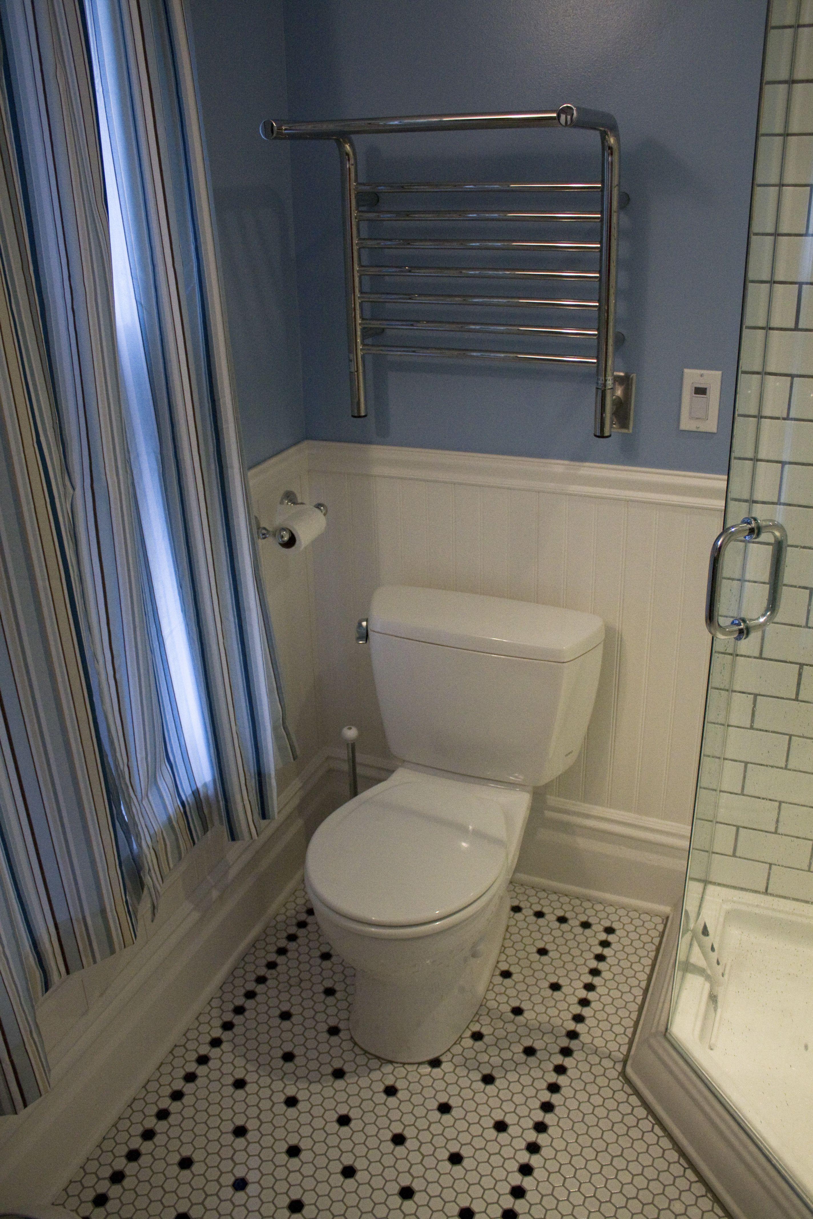 Wainscoting and hexagonal tile craftsman bath vintage bathroom