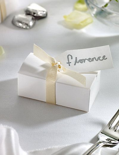 Silver Milk Chocolate Heart Wedding Favours in a White Box with Cream