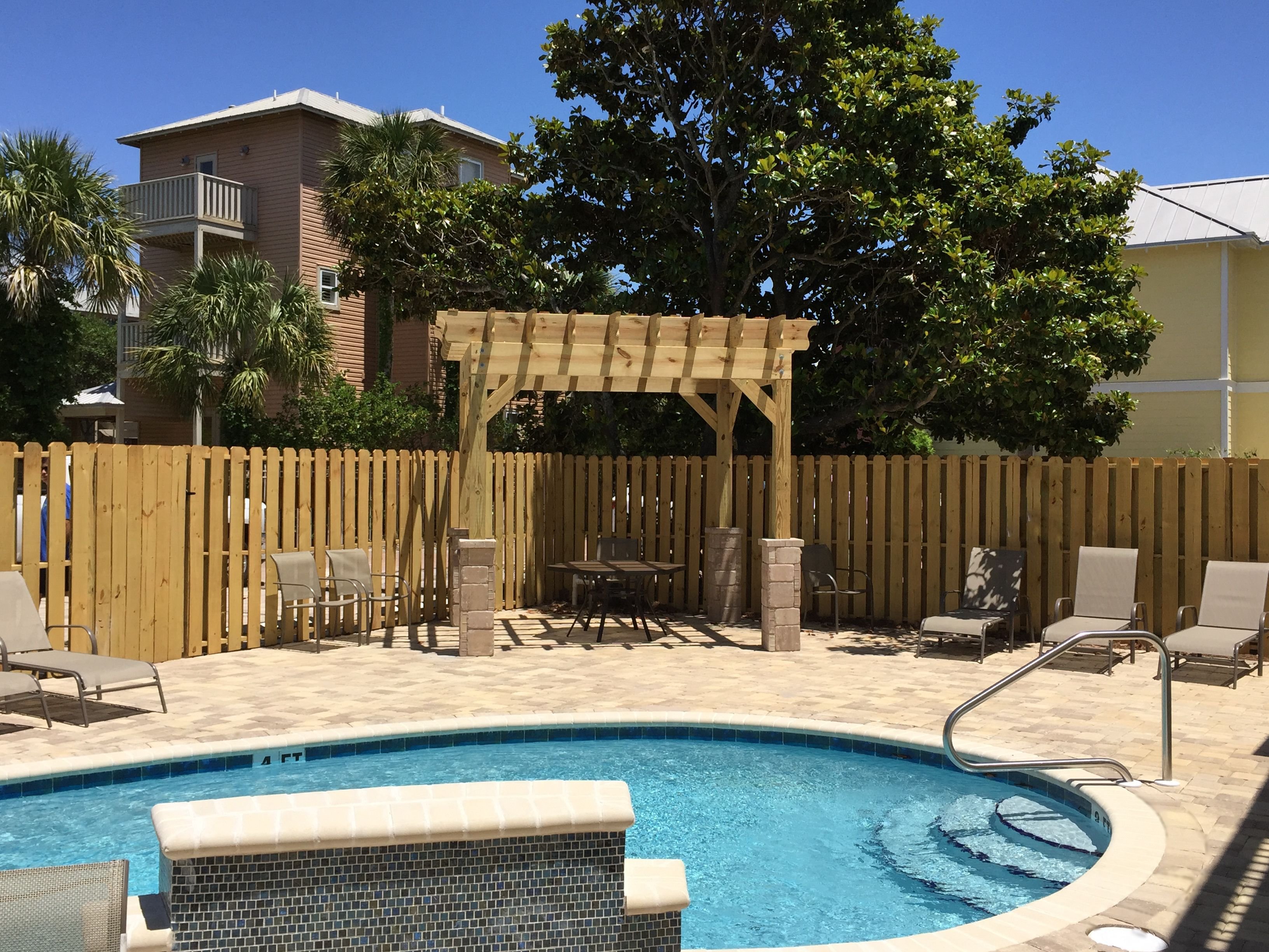 Brick Pool Deck Afterbrick Paver Pool Deck Pergola Wood Fencingdestin Fl