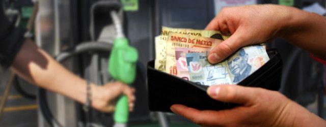 Cinco trucos para que no gastes de más al cargar gasolina
