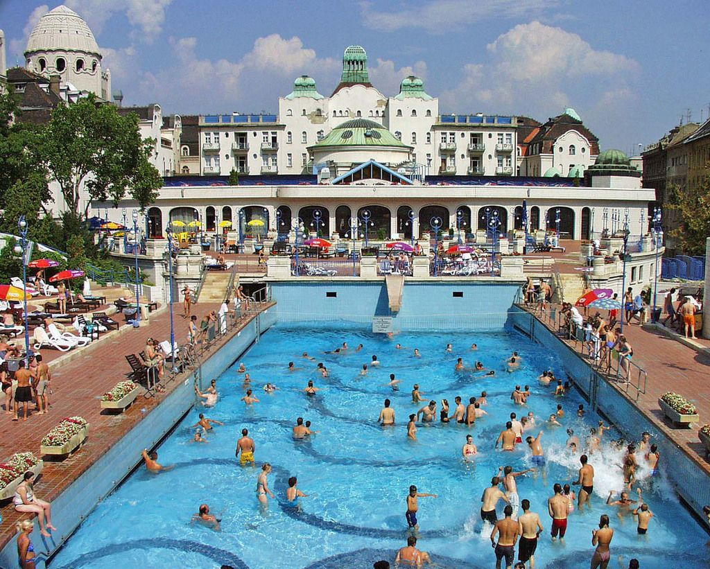 Bagni Termali Gellert : Gellért bath budapest bäder in 2018 pinterest budapest bagni