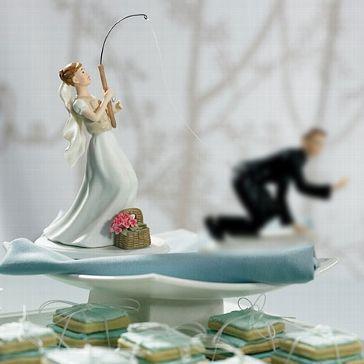Tortenfigur Braut Mit Angel Hochzeitsdeko Zum Schmunzeln Fischer Hochzeit Hochzeit Lustig Hochzeitstorte Lustig