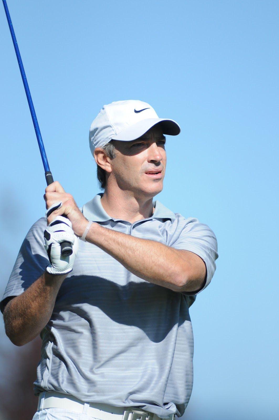 Joe sakic play golf players