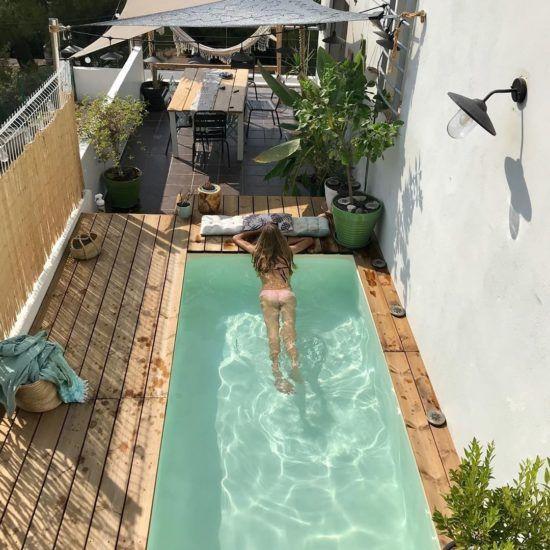 Comment aménager une terrasse bois avec piscine po