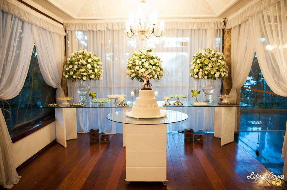 Cerimonial e produção da Artificar Eventos. O clássico verde e branco na Maison Cascade, Niterói - RJ.
