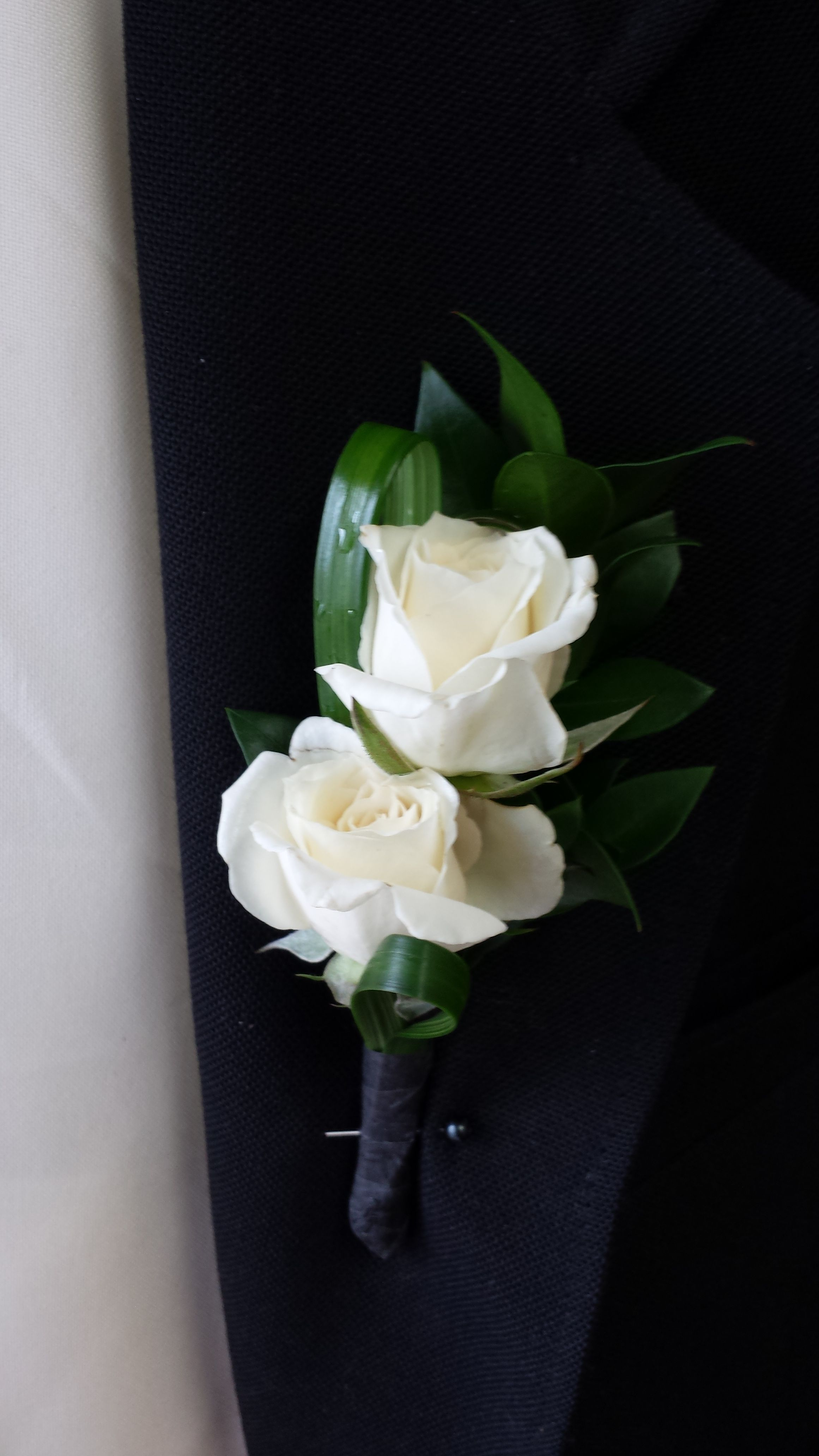 Simple White Double Spray Rose Boutonniere (With images ...White Spray Rose Boutonniere